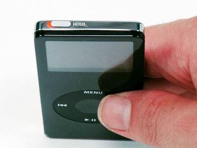 Переключатель HOLD в ipod nano 1g.
