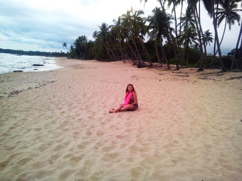 Безлюдный пляж Тангалла.