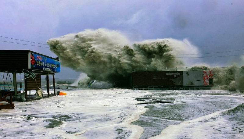 Тайфун в Китае.