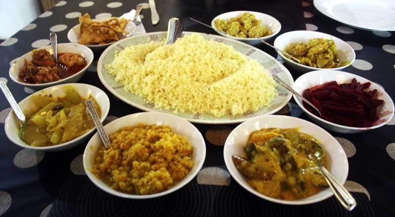 Рис и карри.